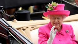 Πόσο κοστίζει η βασιλεία στη Βρετανία της σκληρής λιτότητας; Εξωπραγματική η αύξηση μισθού και εξόδων της