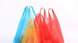 Σχέδιο για πλήρη απαγόρευση της χρήσης πλαστικής σακούλας προανήγγειλε ο Σωκράτης