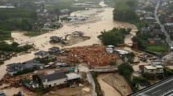 «Φονικές πλημμύρες» στην Ιαπωνία. Τουλάχιστον 10 οι νεκροί - 400.000 εγκατέλειψαν τα σπίτια