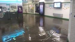 Βίντεο: Πλημμύρισαν οι σταθμοί του μετρό στο