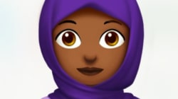 Lancé par Apple, un nouvel emoji voilé divise les