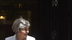 Έκκληση για αυτοσυγκράτηση κάνει στους βουλευτές της η Μέι. Ψυχροπολεμικό το κλίμα στο κόμμα των