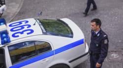Θρίλερ στο κέντρο της Αθήνας. Άνδρας τραυματίζει με μαχαίρι αλλοδαπό και ταμπουρώνεται στο διαμέρισμά