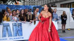 La poitrine de Rihanna a volé la vedette à la première de