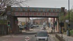 Δεκαπεντάχρονη στο Μπέρμιγχαμ βιάστηκε σε σταθμό τρένου, και μετά ξανά από οδηγό από τον οποίο ζήτησε