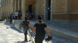 Πώς έγινε η καταδρομική του Ρουβίκωνα στη Βουλή. Τα 50 δευτερόλεπτα και το σχέδιο «σφραγίσματος» του