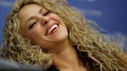 Shakira passe du blond au