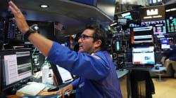 Ρεκόρ του Dow Jones, χάρη στην Apple: Πρώτη φορά πάνω από τις 22.000