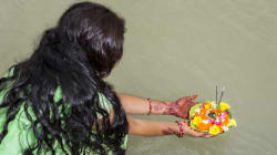 Μαζική υστερία στην Ινδία. Επιτίθενται σε γυναίκες μέσα στα σπίτια τους και τους κόβουν τα