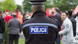 Σκάνδαλο στη Βρετανία: Η αστυνομία πλήρωσε καταδικασμένο βιαστή ανήλικης για να διεισδύσει σε σπείρα