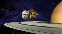 Το διαστημικό σκάφος Cassini πλησιάζει όλο και πιο κοντά στον Κρόνο, «ξύνοντας» πλέον την ατμόσφαιρά