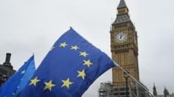 Το Λονδίνο καλεί τις Βρυξέλλες να θεωρήσουν τα αγαθά και τις υπηρεσίες ενίαιο σύνολο στις προτάσεις για το