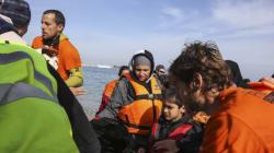 Η εκμετάλλευση του «χαρτιού» των προσφύγων στη διένεξη