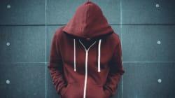«Κακοποιήθηκα σεξουαλικά στην εφηβεία μου από 30-40 άντρες»: Το ντοκιμαντέρ του BBC που