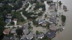 Τουλάχιστον 33 νεκρούς και υλικές ζημιές άφησε η καταιγίδα στο Τέξας που τώρα κατευθύνεται στη
