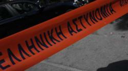 Άγρια δολοφονία 41χρονου στο Περιστέρι. Άνοιξε την πόρτα στους δολοφόνους