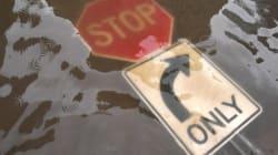 Άγνωστη η έκταση της καταστροφής από τον τυφώνα «Ίρμα», ο οποίος συνεχίζει να σφυροκοπά τη