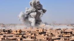 Syrie: 28 civils tués dans des raids russes et de la coalition près de Deir