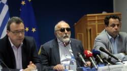 Πόλεμος ευθυνών για την ρύπανση στο Σαρωνικό. Η αντιπολίτευση δεν έχει προτείνει καμία λύση, λέει ο