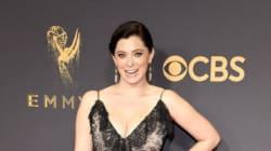 Pourquoi, aux Emmy Awards 2017, Rachel Bloom, a été obligée d'acheter sa