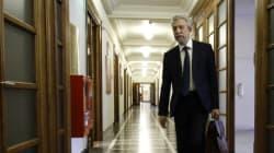 Κατατέθηκε στη Βουλή η τροπολογία για την αποσυμφόρηση των καταστημάτων