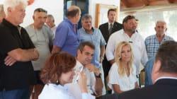 Μητσοτάκης σε αλιείς στο Κερατσίνι: Προτεραιότητα η απορρύπανση και οι αποζημιώσεις όσων επλήγησαν από την