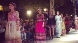 Les habits traditionnels revisités des pays du Maghreb dans un défilé à l'avenue Habib