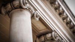 Εισαγγελέας εισηγείται την παραπομπή Μαρτίνη, της συζύγου τους και ενός επιχειρηματία για την υπόθεση «Ερρίκος