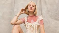 Μοντέλο από τη Σουηδία εμφανίστηκε σε διαφήμιση με αξύριστα πόδια και την απειλούν πως θα τη