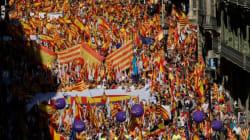 Διαδήλωση δεκάδων χιλιάδων ανθρώπων στην Βαρκελόνη κατά της ανεξαρτησίας της