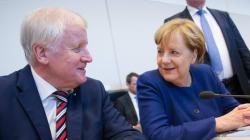 Η Μέρκελ και οι Βαυαροί σύμμαχοί της συμφώνησαν στο θέμα της μεταναστευτικής
