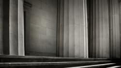 Εισαγγελέας ζητά να την φυσική παρουσία των προστατευόμενων μαρτύρων στην δίκη της Χρυσής