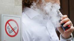 Σοβαρούς κινδύνους και ασθένειες προκαλεί το ηλεκτρονικό τσιγάρο, σύμφωνα με νέα