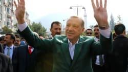 Ερντογάν υπέγραψε νόμο που επιτρέπει στους ιερωμένους να τελούν τους πολιτικούς
