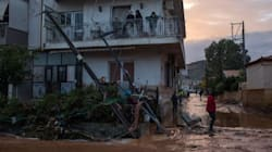 Καταστροφή από τις πλημμύρες σε Μάνδρα, Μαγούλα και Νέα Πέραμο: Στους 15 οι