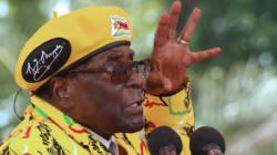 Mugabe évincé du parti au pouvoir, et sera destitué s'il ne démissionne pas d'ici