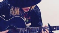 Madonna rend hommage à Azzedine Alaïa en chantant du Elvis Presley