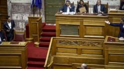 Σε υψηλούς τόνους η συζήτηση στη Βουλή για τη συμφωνία πώλησης βλημάτων στη Σαουδική