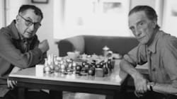 H ιστορική σκακιέρα του Man Ray βγαίνει σε