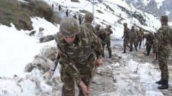 Chutes de neige: des détachements de l'ANP interviennent pour le désenclavement des zones
