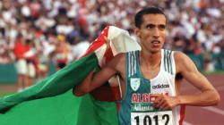 Noureddine Morceli décoré de l'ordre du mérite olympique par le