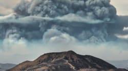캘리포니아 산불이 오싹한 구름을