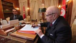 Béji Caid Essebsi signe le décret portant convocation des électeurs aux élections