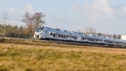 La société nationale des transports ferroviaires d'Algérie reçoit le premier train