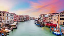 이 관광객들이 베네치아에서 낸 한 끼 밥값은