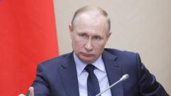 Dopage: Poutine demande pardon aux sportifs avant les