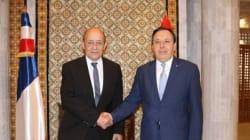 5 accords de coopération signés entre Khemaies Jhinaoui et Jean Yves Le