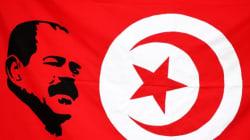 Des Tunisiens rendent hommage à Chokri Belaid sur le lieu de son assassinat