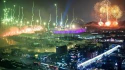 Jeux olympiques d'hiver 2018: les images historiques des deux Corées défilant sous la même bannière à la cérémonie
