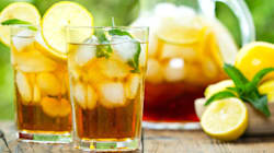 Thés fruités, eaux aromatisées... ces boissons acides qui détruisent vos dents à petit